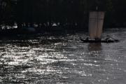 barge en contre jour